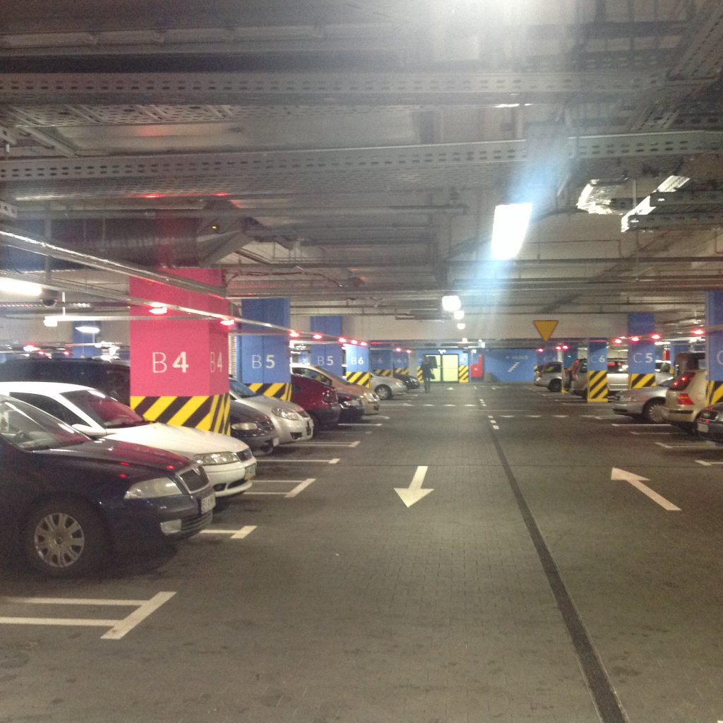 Galeria jurowiecka parking