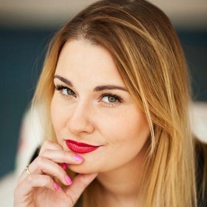 """Karolina Cwalina, trener biznesu, kojarzona z programem autorskim """"Sukces zaczyna sie w głowie"""" oraz """"Sexy zaczyna się w głowie"""", fot. archiwum prywatne"""