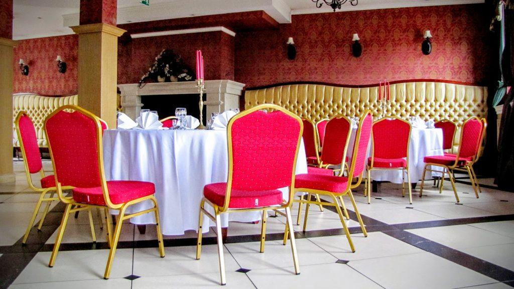 Sala weselna w Villa Tradycja - miejsce na niezapomnianą zabawę w samym centrum Białegostoku, fot. Przedsiębiorcze Podlasie