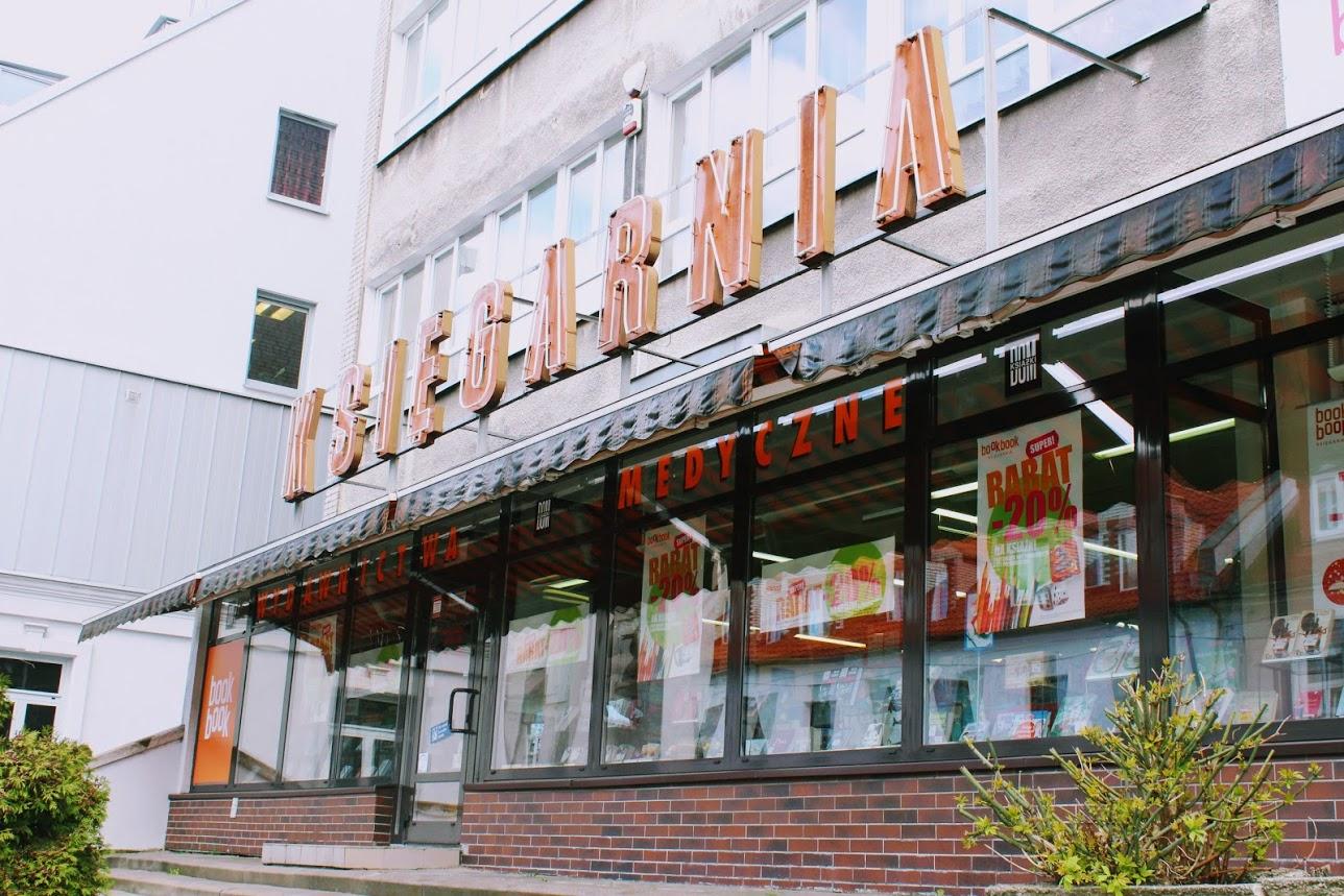 Księgarnia medyczna sieci Book Book na Warszawskiej, fot. L. Dobrowolska